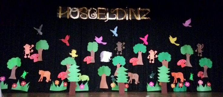Orman sahne dekoru