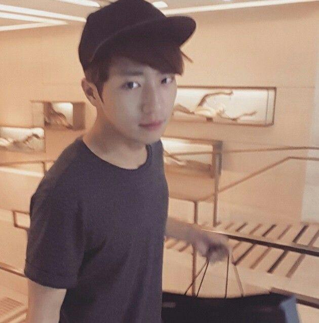 Lee Sang Yeob