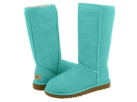 I NEED THESE IN MY LIFE RIGHT NOW!!! PLEASE! #tiffanyblue #tiffany #uggs