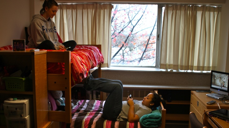 Taylor And Thomas Hall Rooms Across Campus Pinterest
