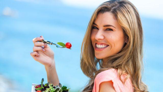 Ako rýchlo schudnúť pred dovolenkou? S touto diétou za týždeň zhodíte 4 kilá, ale na toto pozor! | Casprezeny.sk