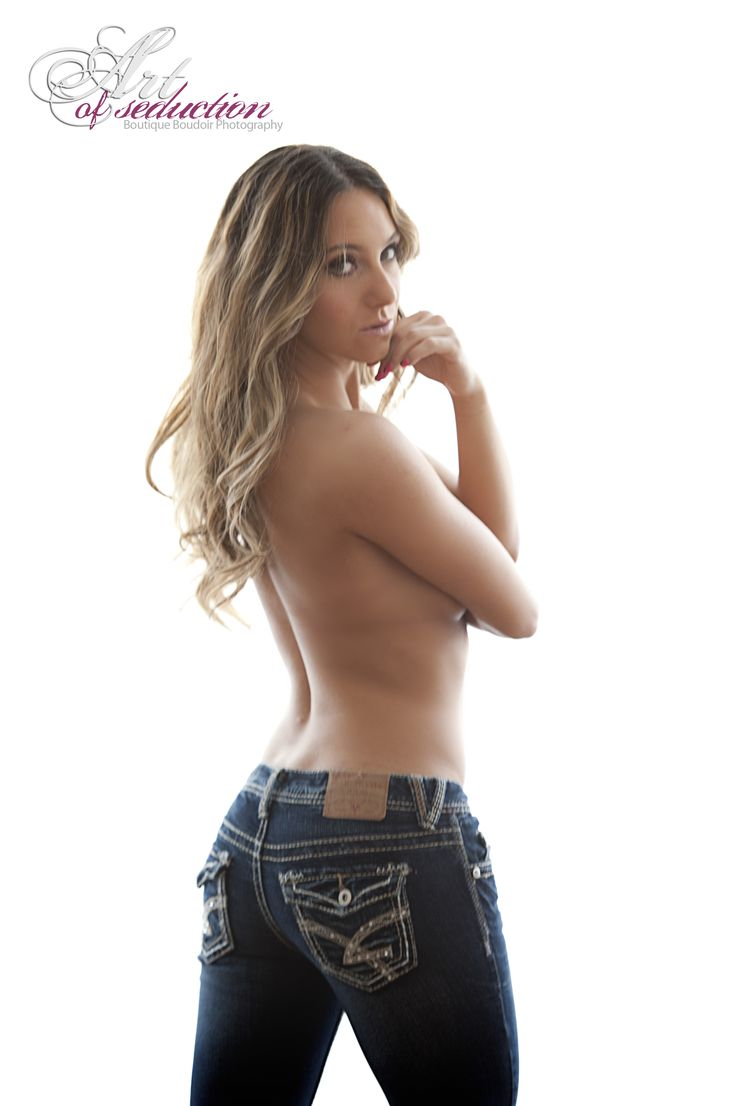 My new #SexyJeans series added to my boudoir series. #chicagoboudoir #sexypictures #sensualphotography #classyboudoir