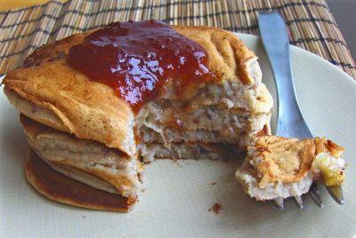 Banana-Berry Breakfast Cakes: moist inside, light and yummy #vegan #recipe!   rickiheller.com