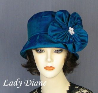 see http://www.ladydianehats.com for derby hats, victorian hats & more