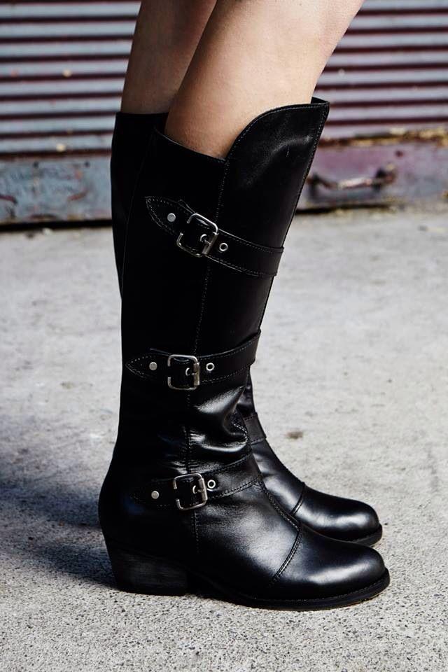 Raissa boots, Campaña Athenea Vita por Nain Maslun
