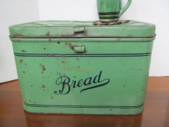 Farmhouse Rustic Primitive Tin Bread Box Container Primitive Green Jadeite Decor Vintage Bread Boxes Kitchen Basket Storage Kitchen Storage Kitchen Decor Grey