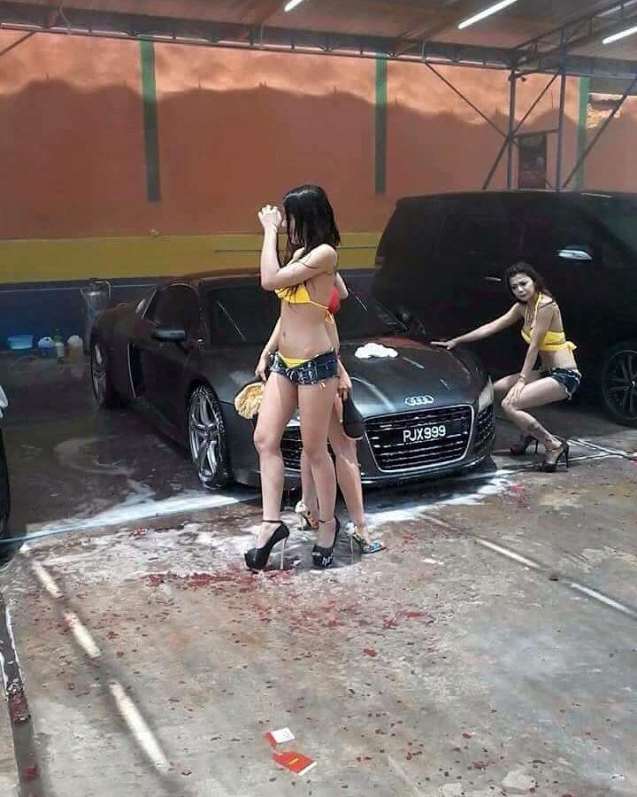 """# Kat PENANG ada ke ni ?? Oh... bukan. Saja orang Penang suka ke sana kot. Sebenarnya kedai pencucian kereta ini di Danok Thailand. # Mahal ke pencuciannya ? """"Like"""" kami di http://ift.tt/1NhKoh0 http://ift.tt/1Gpi2Sb INSTAGRAM #ehmotorcredit BLACKLIST CCRIS FULL LOAN untuk beli kereta # #ehmotorcredit #car #kereta #proton #perodua #toyota #nissan #honda #ford #usedcar #malaysia #waja #iswara #wira #gen2 #persona #myvi #kelisa #kancil"""