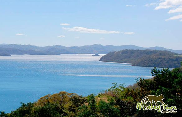 The #Gulf of #Papagayo #CostaRica is an epicenter of great beaches in the #Guanacaste province... https://www.costaricamonkeytours.com/costarica-travelguide/beaches/gulf-papagayo-guanacaste-costa-rica/