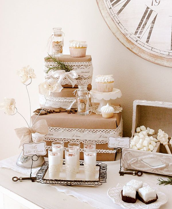 great idea! ...going to bring the wrapped craft paper and white details into our dessert table