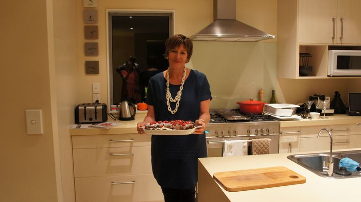 """Chocolate sponge roll with figs  -""""Are there seconds?"""" #afreerangelife @Annabel Langbein"""