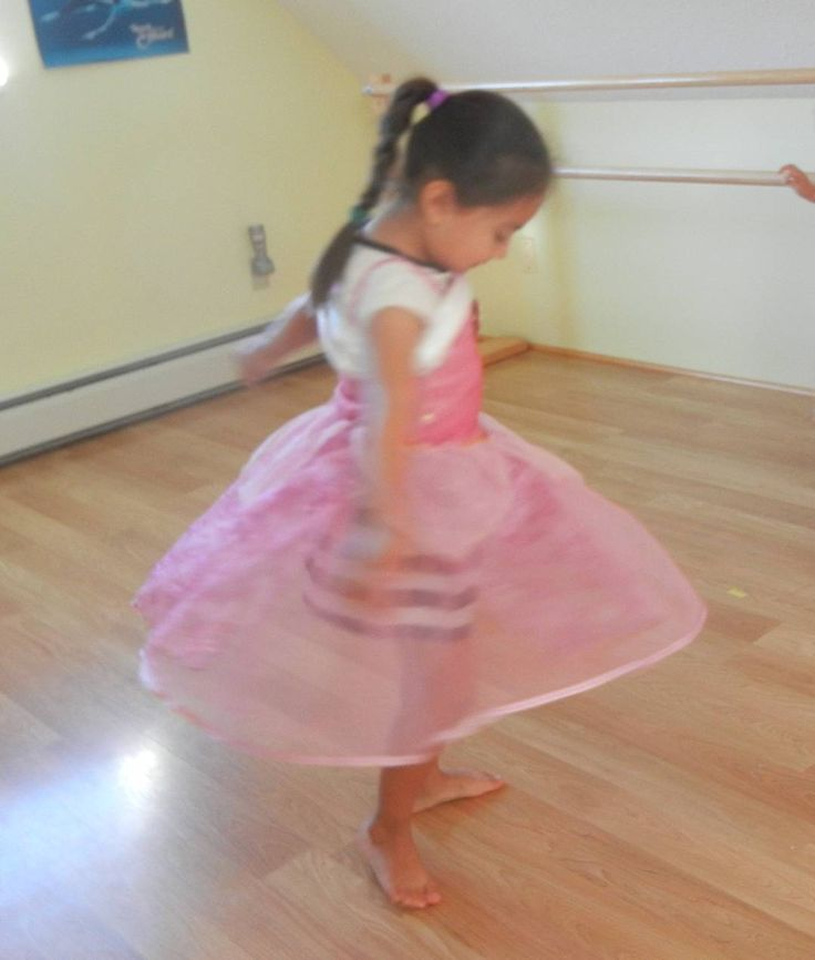 Come and join the fun while learning the elements of Dance and Balllet #gabrielasmovementstudio #summer #camp #creative#dance #ballet #fall #registernow #toddlers #children
