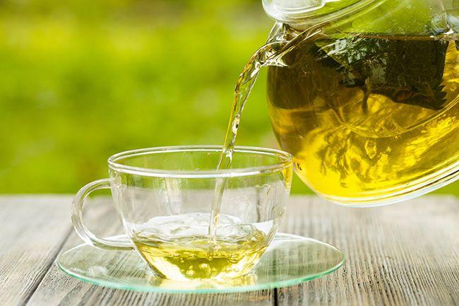 Erva-cidreira, capim-cidreira e cidreira-brasileira são três plantas utilizadas para chás que são muito confundidas entre si. Conheça as diferenças!