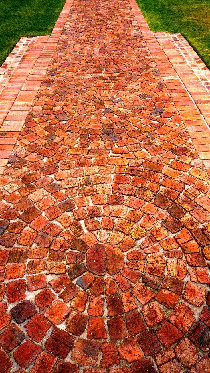 Best 25 Brick Paving Ideas On Pinterest Brick Path