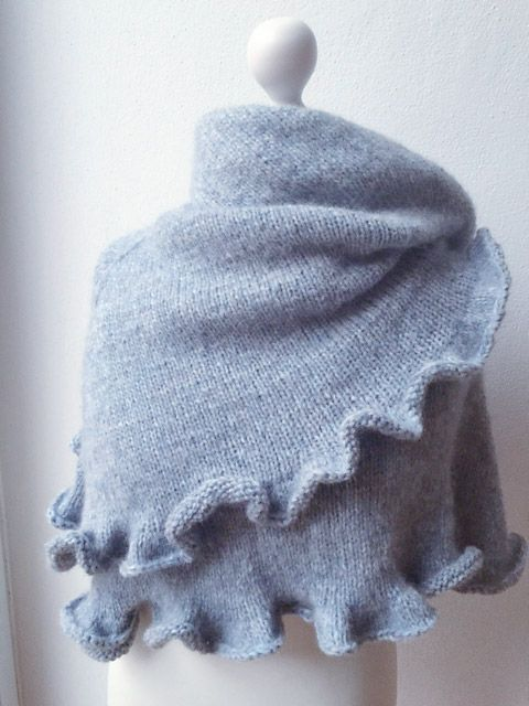 """Free pattern for this lovely """"Hamburg Calling"""""""