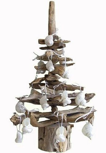 Driftwood tree with seashell decorations - this would be cute in the bathroom at Christmas