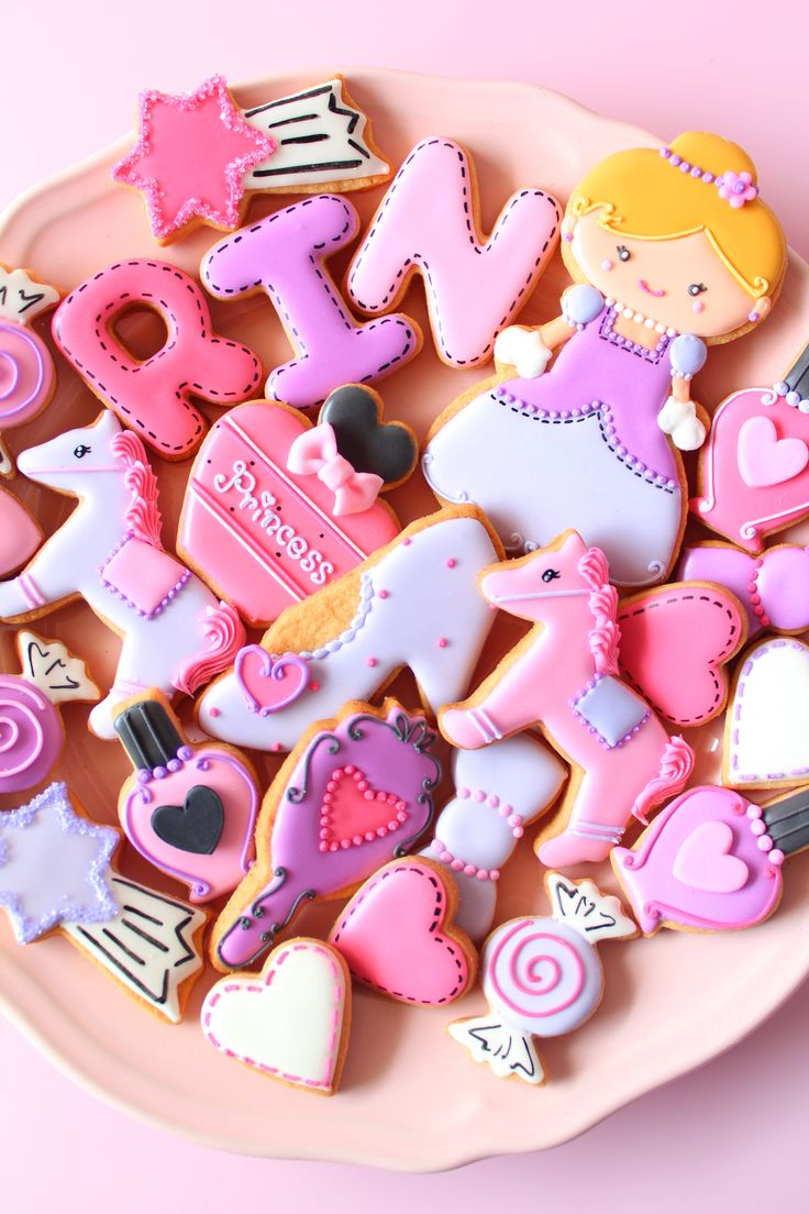 princess icing cookies