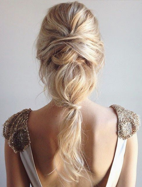 Cabelo de noiva de princesa-moderna-fofa-e-linda <3 #cabelodenoiva #tranca…