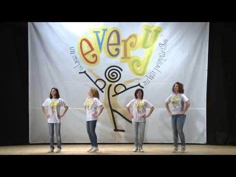 Pesciolino Dance - YouTube