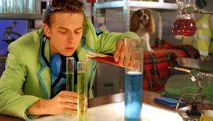 NEMO - Amsterdam - Van onderzoekend leren voor kleuters tot ontwerpend leren voor de bovenste klassen: NEMO biedt een uitgebreid aanbod aan lespakketten en projecten voor het basisonderwijs. Haal bijvoorbeeld ruimtevaart in de klas, doe proefjes met Prof. Dr. Testkees of laat leerlingen naar hun talenten voor wetenschap en technologie kijken.