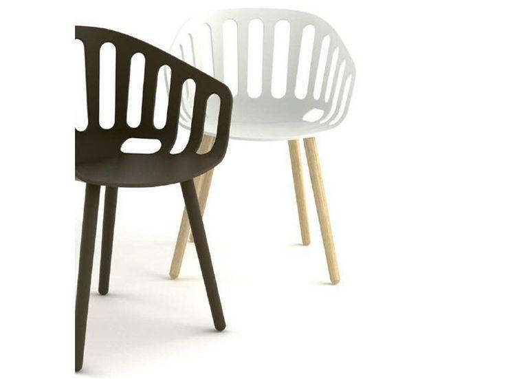 les 166 meilleures images du tableau fauteuils de bar restaurant sur pinterest fauteuils. Black Bedroom Furniture Sets. Home Design Ideas