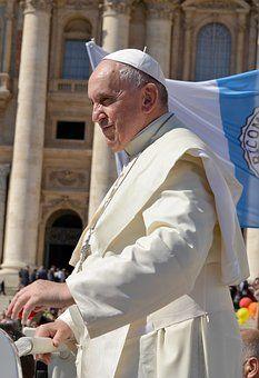 En la actualidad tenemos al último papa, el papa Francisco (Jorge Mario Bergoglio) desde el día 13 de marzo del año 2013.     Anteriorm...