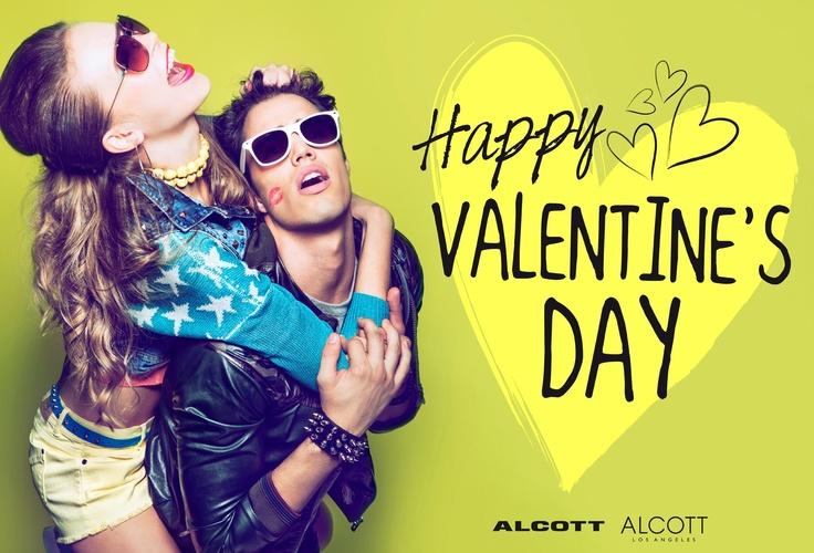 Pronto a trascorrere questo giorno speciale con la persona del cuore?? Happy Valentine's Day da ALCOTT... CONDIVIDI ;) #alcott #sanvalentino #love