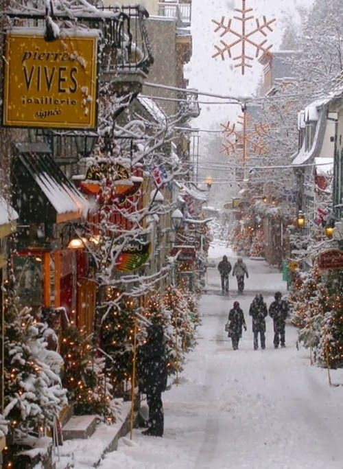 Snowy Day, Quebec City, Canada. - This is what Christmas should be like. This is beautiful!