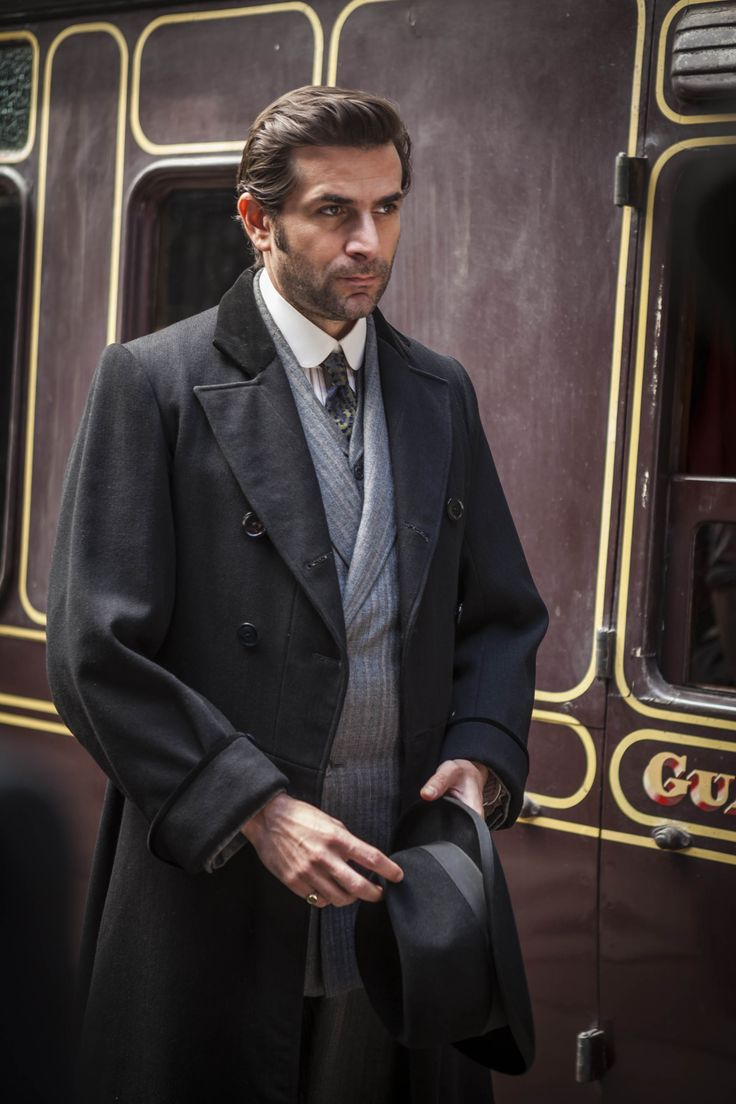 Henri Leclair - Grégory Fitoussi in Mr Selfridge Season 3, set in 1918/1919.