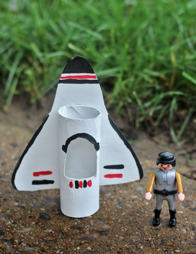 Space Shuttle Craft for Kids. One of the featured crafts in Happy HandMade ebook.