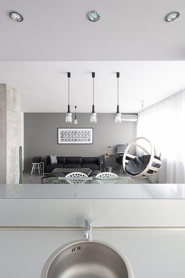 schwarz und weiß Wohnzimmer Gestaltung Wohnung minimalistischen Andreja Bujevac 21 schwarz und weiß (10)