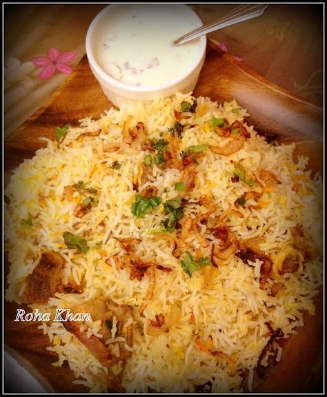 There are two traditional methods of preparing the Hyderabadi Biryani. Kachchi yakhnni Briyani is prepared with raw meat which is marinated in yoghurt and then cooked along with the rice by sealing the handi (vessel) cooked on Dum (slow cook). Pakki Aqni ki Briyani (cooked gravy),the meat is cooked before being layered with the rice and cooked in a dough-sealed vessel already cooked before baking. Hyderabadi Mutton Briyani -II (Kachche yakhni ki Briyani)
