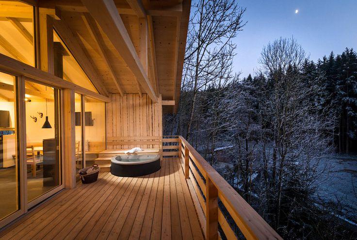 Herrlich entspannen lässt es sich im romantischen Feriendorf Forstgut im Bayerischen Wald: https://www.landreise.de/expose/forstgut-13498/