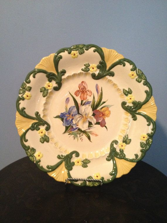 Items similar to Elegant Flower Bearded Iris Floral Collectible Display Plate Home and Garden Decor on Etsy & 13 best Collectible Decorative Plates images on Pinterest ...