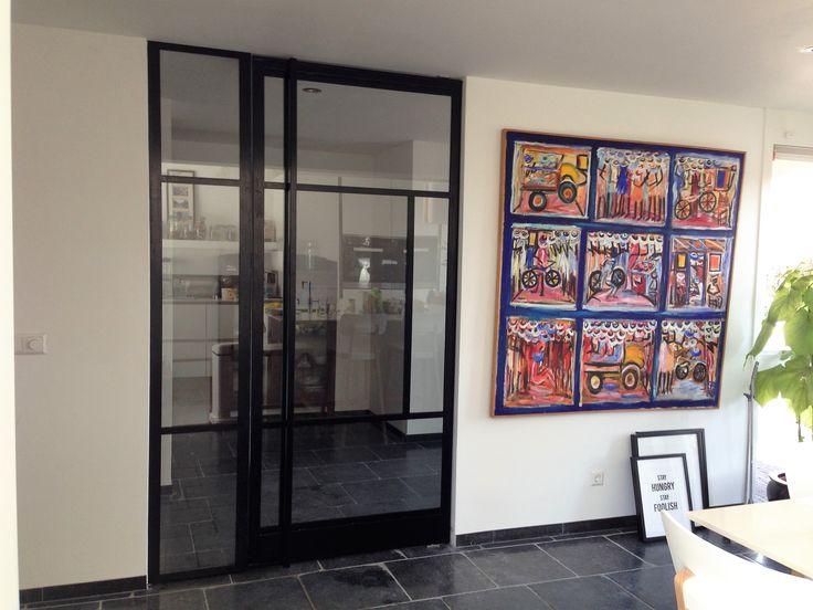 Taatsdeur met FritsJurgens systeem en vast zijpaneel, geproduceerd en geplaatst door Mijn Stalen Deur.