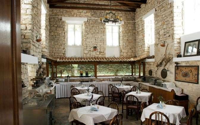 ARGENTIKON Luxury Suites  Chios hotel