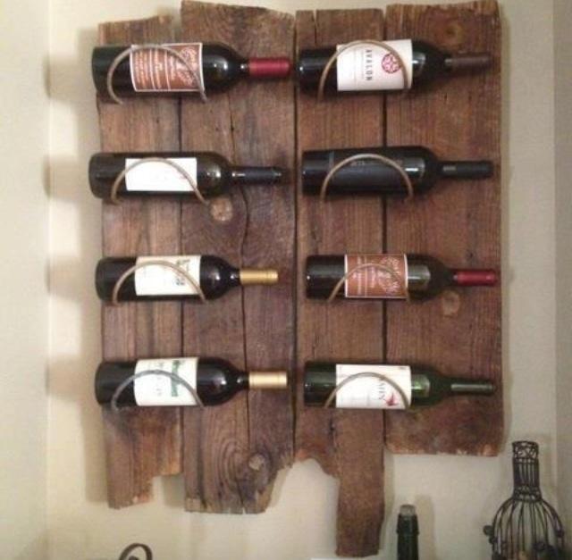 Pallet wine rack. Nice deco as well!