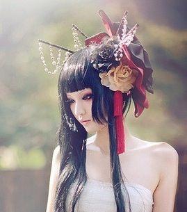 05dc02624 Pretty modern Geisha look. | Hair sticks | Geisha makeup, Geisha ...