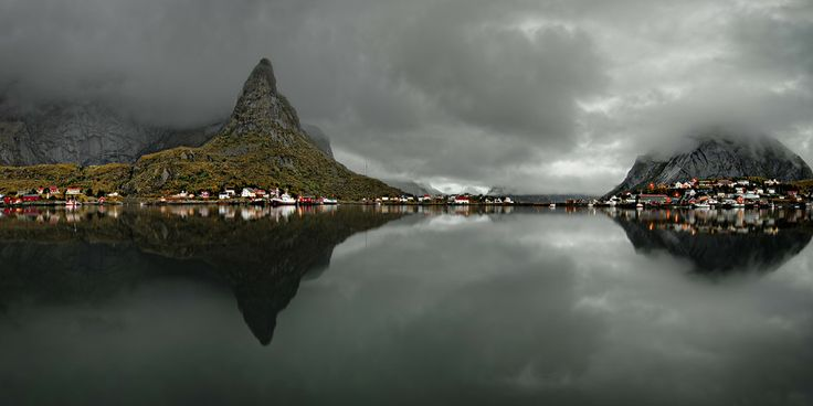 Morning in Reine by Keijo Savolainen on 500px