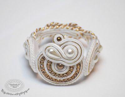 www.facebook.com/... Rękodzieło-biżuteria sutasz. Handmade-soutache jewellery. #wedding #white #bracelet #bransoletka #slub