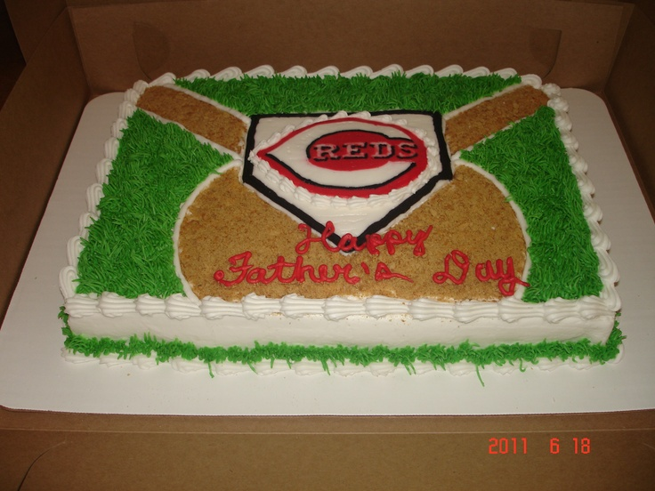 Batter Up! - Cincinnati Reds baseball cake themselves!