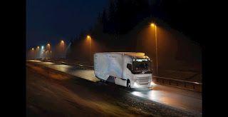Noticias | Tecnología del transporte    El último Concept Truck de Volvo prueba una cadena cinemática híbrida para el transporte de larga distancia