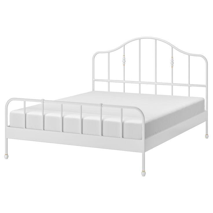 Novogratz Francis Farmhouse Metal Platform Bed Color White Size Queen Metal Platform Bed Black Bedding White Bedding