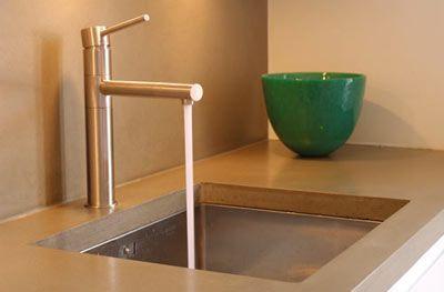 Bänkskiva betong  http://www.viivilla.se/Archive/viivilla.se/6/5/e/65eac2fe-1c14-4b57-b8df-ed63f4165180.jpg