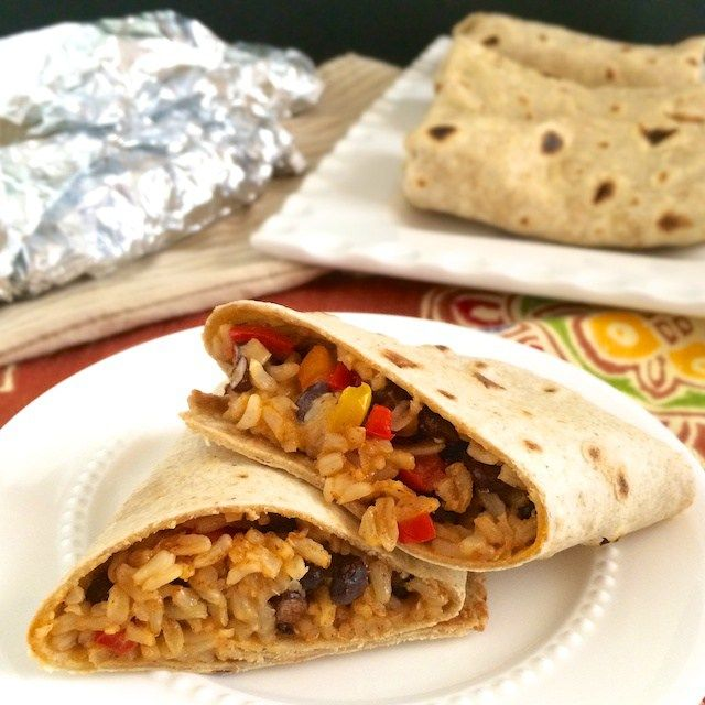 Healthy Homemade Frozen Burritos | Teaspoonofspice.com