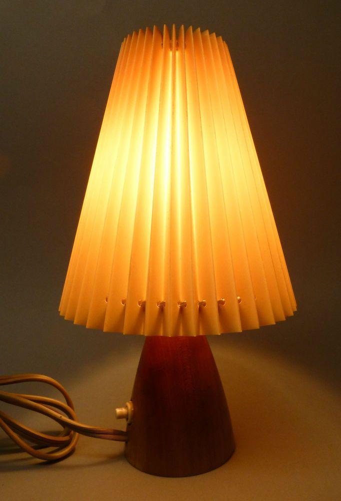 design tischlampe leuchte lampe 60er danish style plissee interieur tischlampen lampen. Black Bedroom Furniture Sets. Home Design Ideas