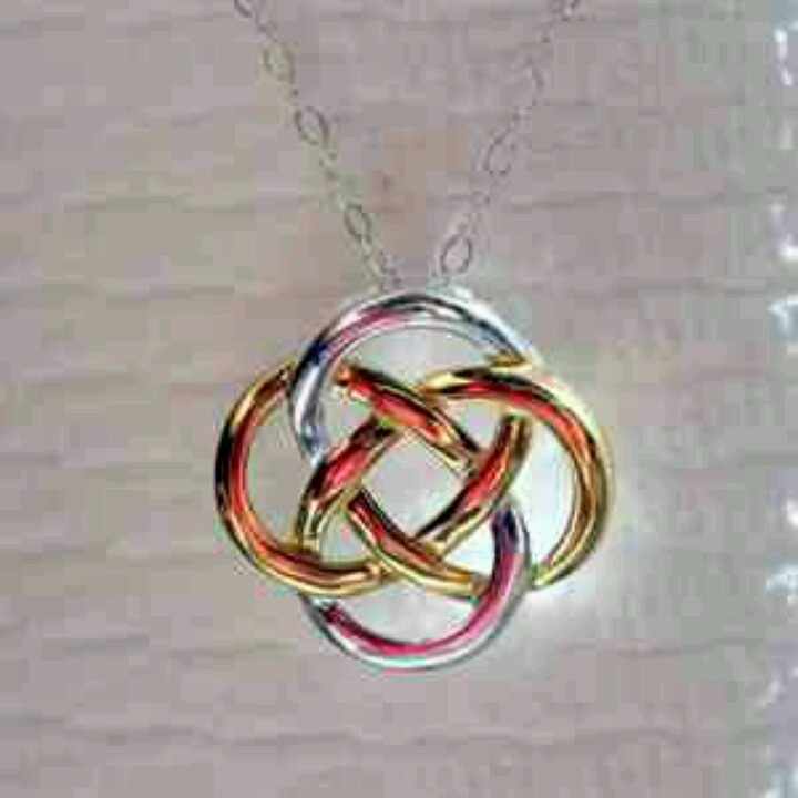 Celtic friendship knot.