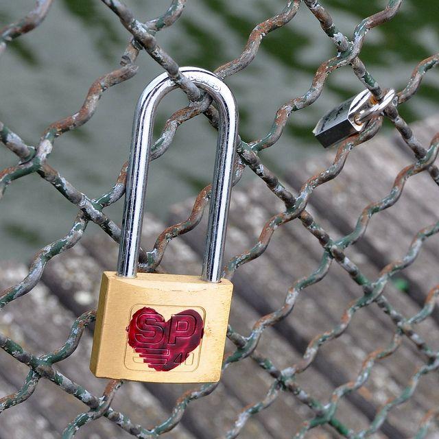 Love padlocks - Paris | Flickr - Photo Sharing!