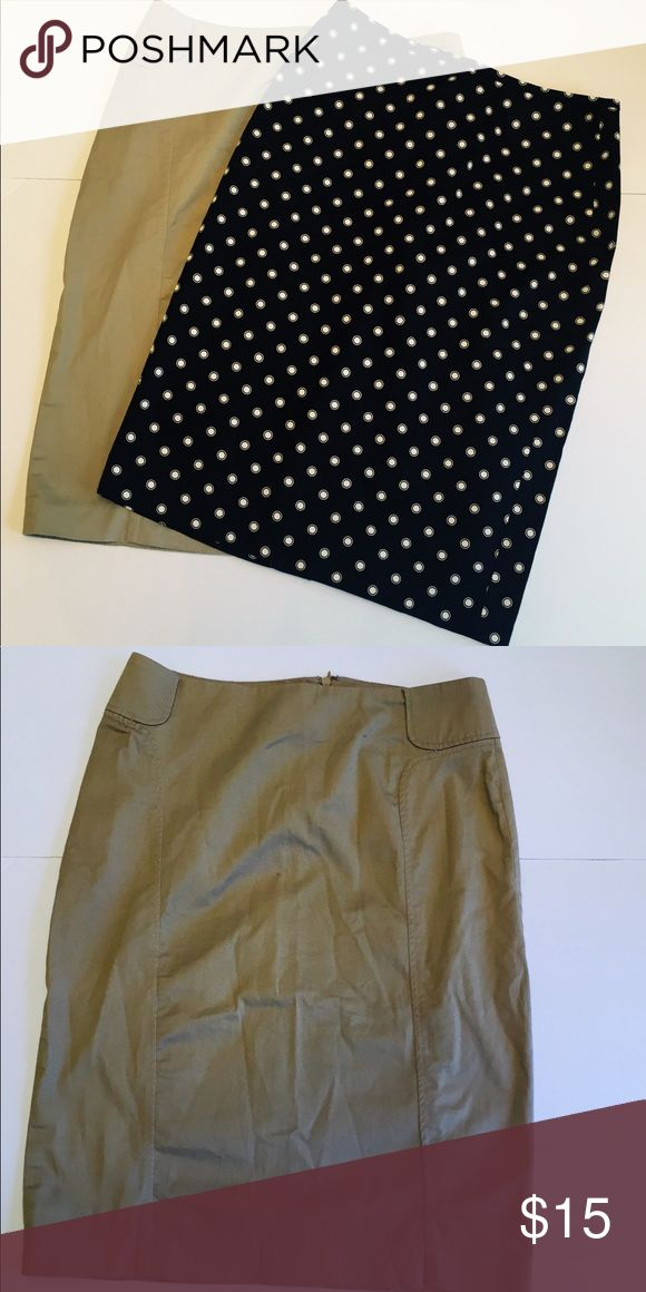 Business Skirts Tan Navy Pencil skirt stretch 0 2 Like new New York and Company Stretch pencil skirts size 0. Back zip and closure. Navy and Tan polka dot and tan. Great essentials. Length 22, waist 13, hips 16.5. New York & Company Skirts Pencil