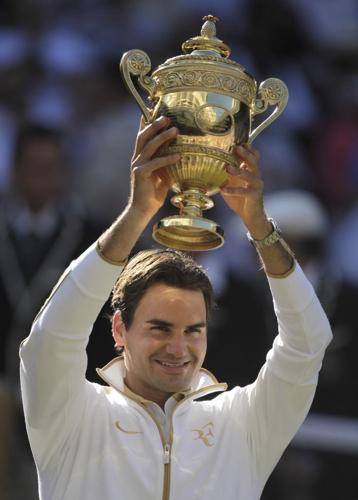 Roger Federer wins wimbledon again. Much love.