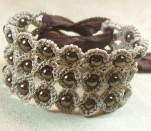 Crochet bracelet by LaPrimaVera